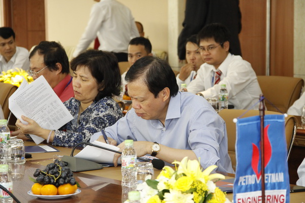Chairman of PVN Phung Dinh Thuc visited PVE